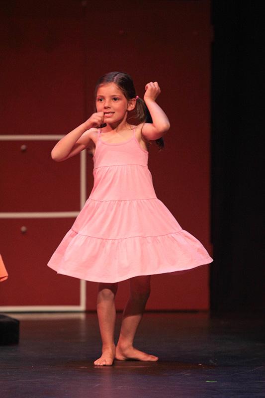 spectacle-danse-jazz-les-petits-pas-dans-les-plats-2