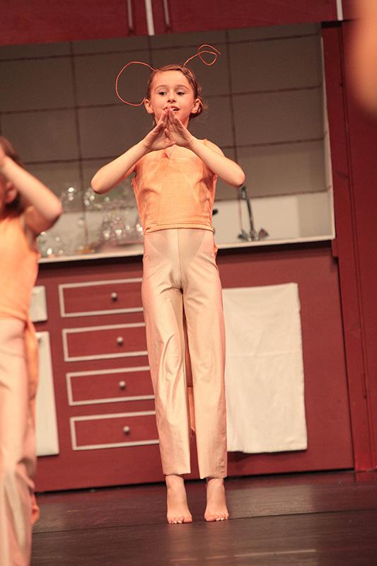 spectacle-danse-jazz-les-petits-pas-dans-les-plats-5