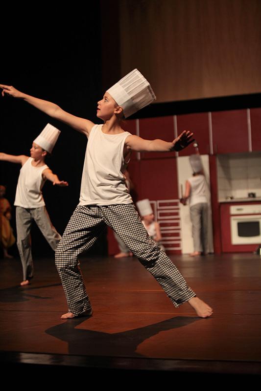 spectacle-danse-jazz-les-petits-pas-dans-les-plats-8