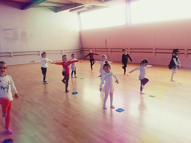 Cours de danse éveil à Luçon